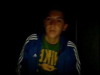 Jose Miguel, flaitecito con ceja depilada se pajea en webcam   webcam