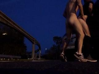 Fudendo amigo no estacionamento | amigo man  outdoors